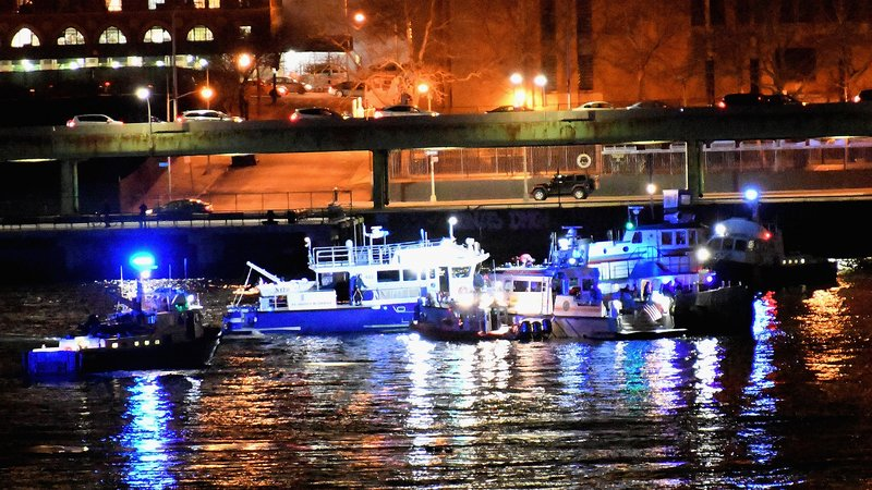Five passengers killed in New York river helicopter crash