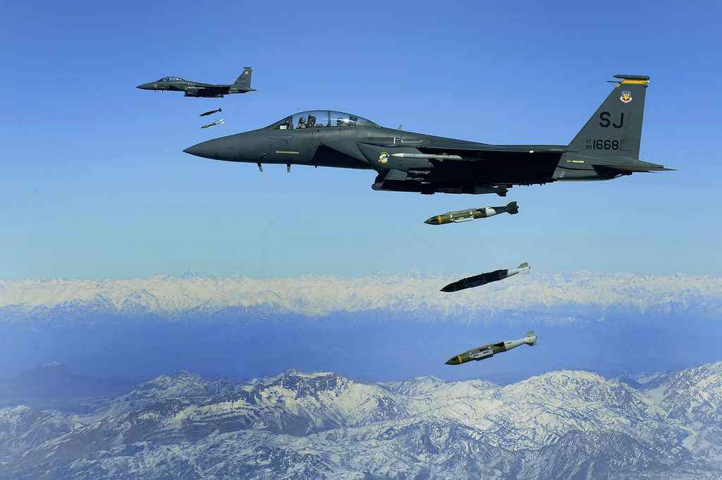 russiasaysithasabilityfor1sttimetooperatelongrangestrategicnuclearcapablebombersfromitsbaseinsyria