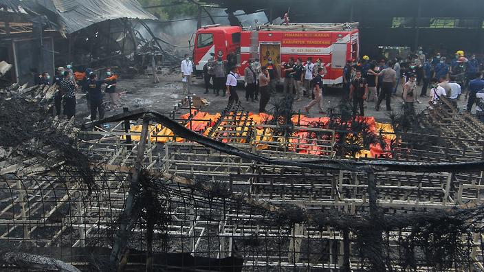 Dozens Killed in Blasts at an Indonesian Fireworks Plant