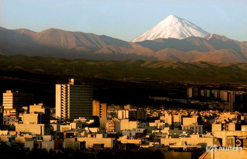 Magnitude 4.7 and 5.7 quakes strike southern Iran - state TV