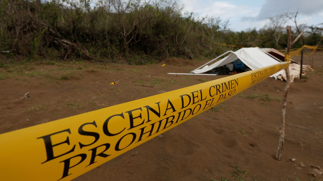 Mass grave with 166 skulls found in Mexico