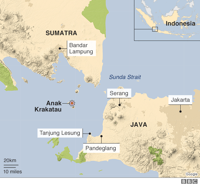 Indonesia tsunami: Fears of new wave as Anak Krakatau volcano seethes