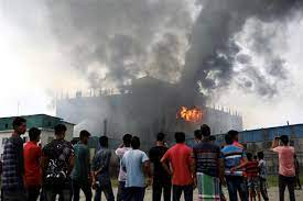 infernoatfoodfactorykills52peopleinbangladesh