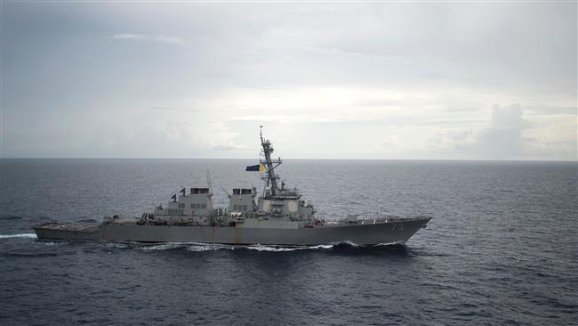 US warship sails close to China