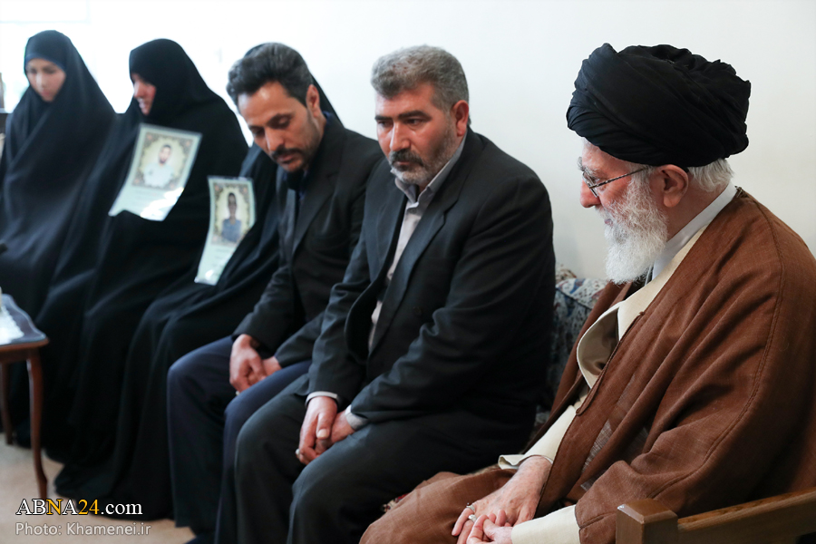Families of martyred police officers met with Imam Khamenei