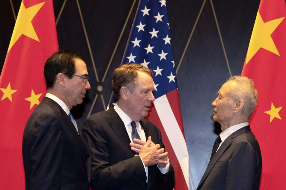 US-China talks resume as hopes for mini-deal rise