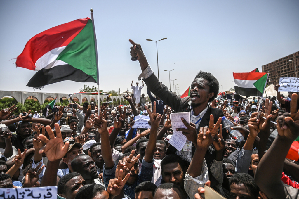 Political crisis in Sudan deepens