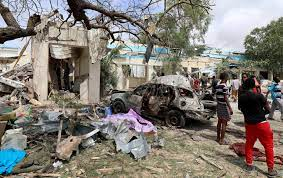 At least 6 people killed in Mogadishu suicide bombing