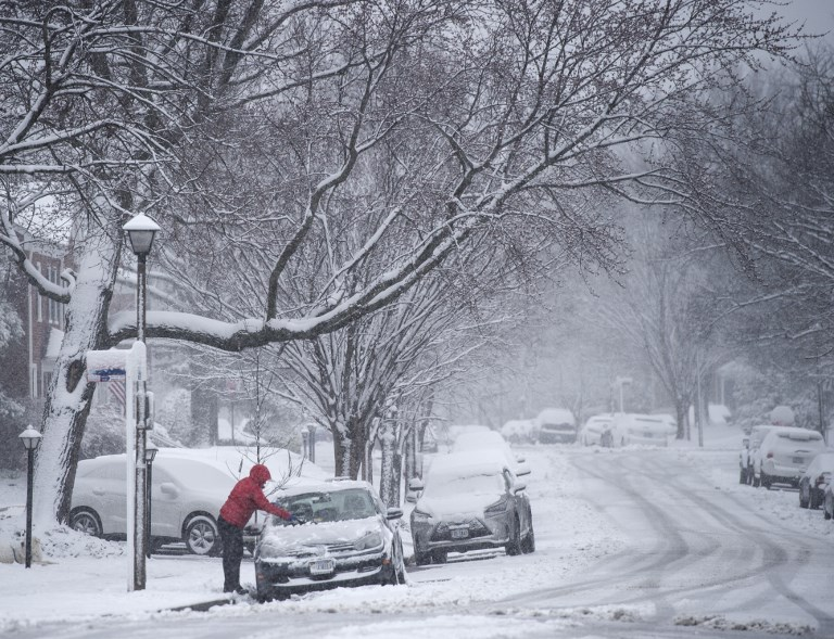 More than 6,500 flights delayed, 800 cancelled as winter storm hits US