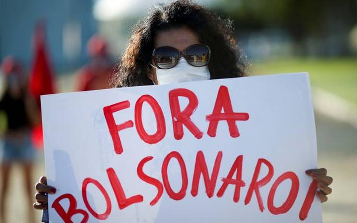 thousandstaketostreetsprotestingbrazilsbolsonaro
