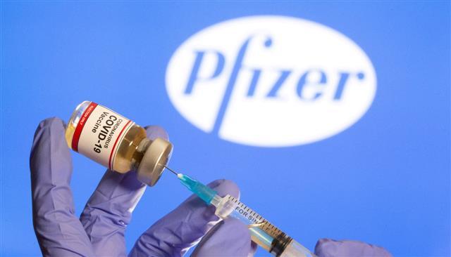 canadaapprovespfizerscoronavaccineforpeopleoverageof16