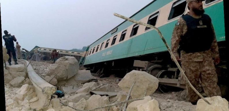 Train derails in southern Pakistan; 1 killed