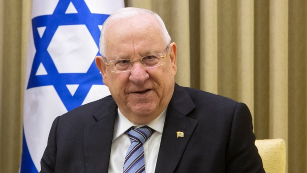 Israel President to give Blue and White party next chance to form new govt