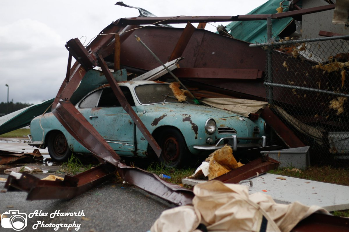 Tornado Outbreak Hits South, Killing at Least 22 in Alabama