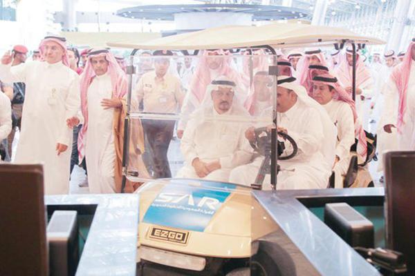 Saudi Arabia to start key railway line by early 2017