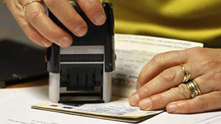 UAE visa renewal for widows, divorced women within 48 hours
