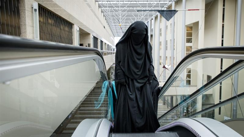 Netherlands bans face-covering clothing