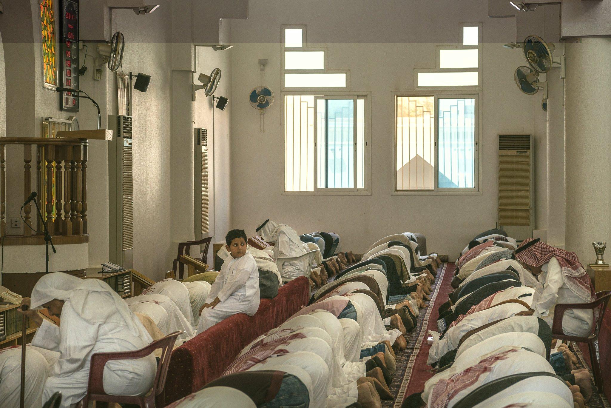 Top Saudi scholar passes fatwa, says  Muslims may pray in churches and synagogues