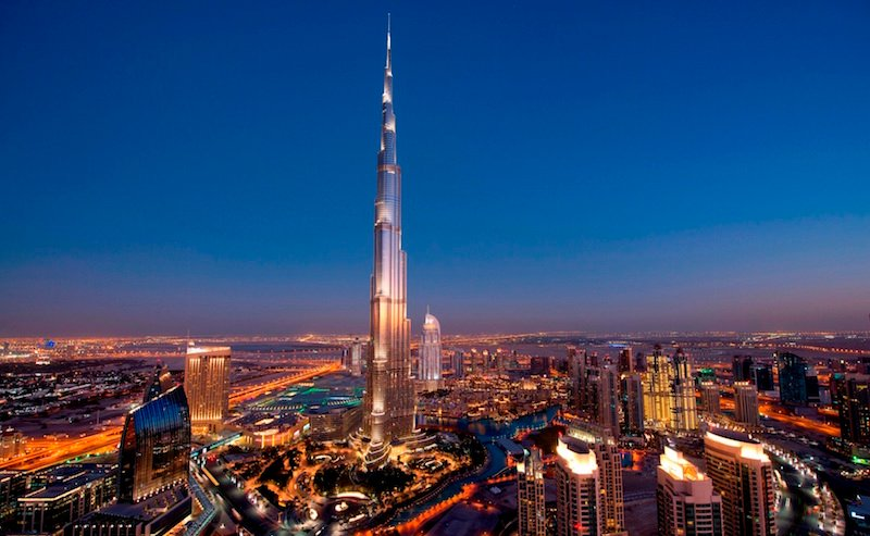 Dubai tourists get free visa extension till end of March