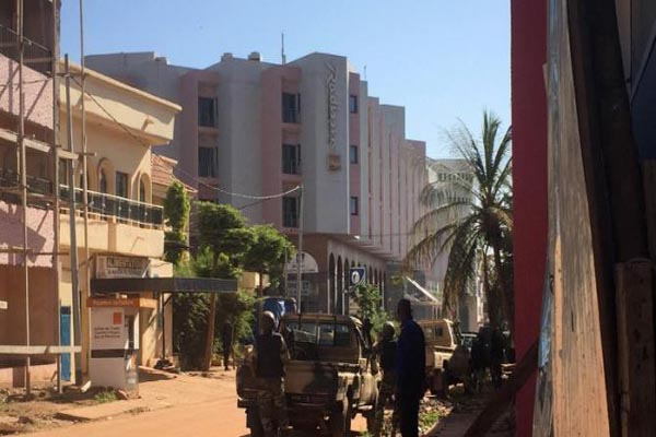 Millitant seized 170 guests and staff Radisson Blu hotel in Bamako