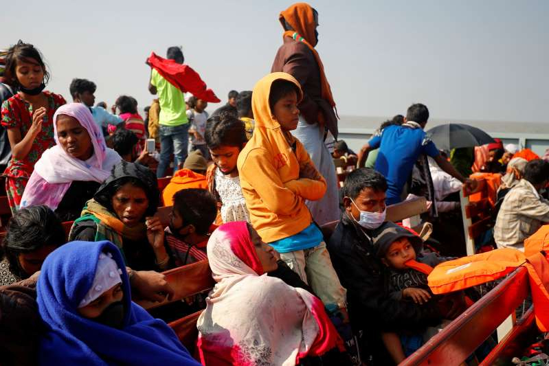 bangladeshsendsmorerohingyarefugeestofloodproneisland
