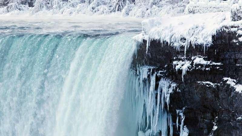 Niagara Falls becomes