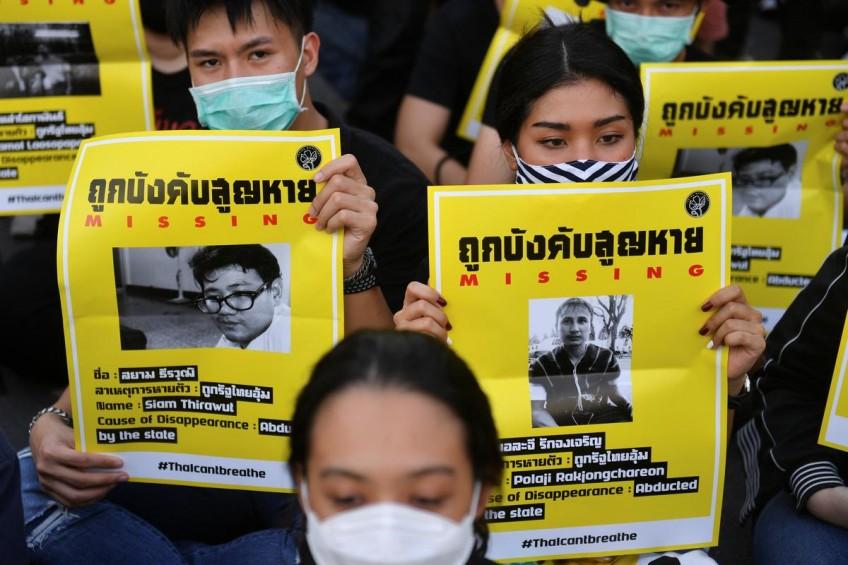 thaiprotesterscallforgovernmenttoresign