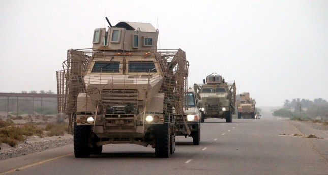 Houthi militias use Iranian-made ballistic missile to bomb in Hodeidah