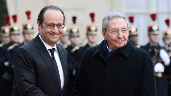 President Hollande calls for an end to US sanctions on Cuba