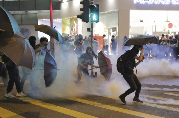 Hong Kong protesters vandalize subway station