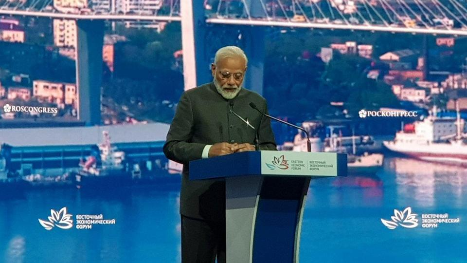 India extends USD 1 billion line of credit for development of Russia