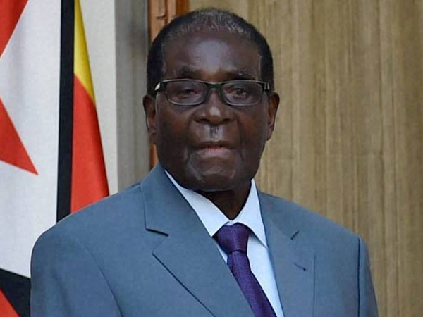 Military vehicles block road outside Zimbabwe parliament