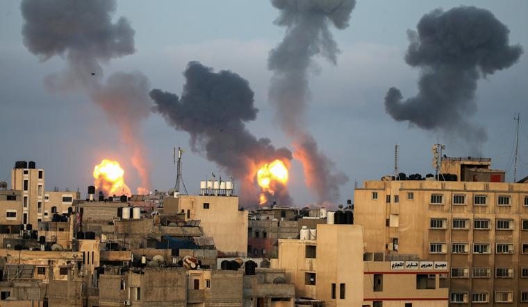 Gaza militants, Israel trade new rocket fire and airstrikes