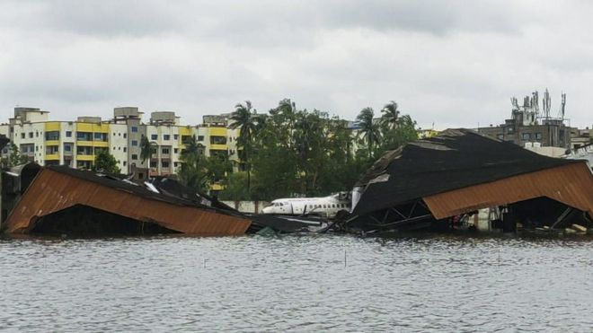 Amphan: Indian city of Kolkata devastated by cyclone