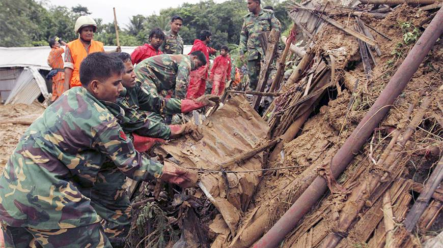 35 people killed in landslides in Bangladesh