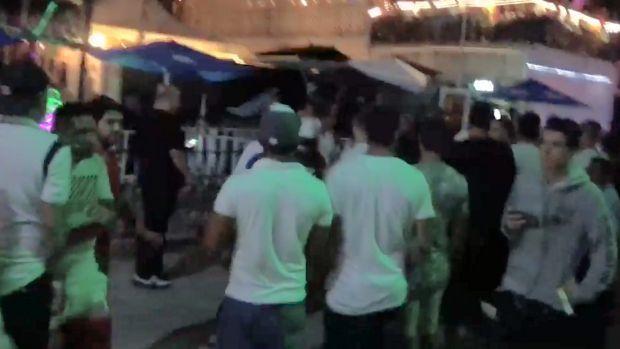 blueparrotshooting:gunfireatbpmmusicfestivalinplayadelcarmenmexico