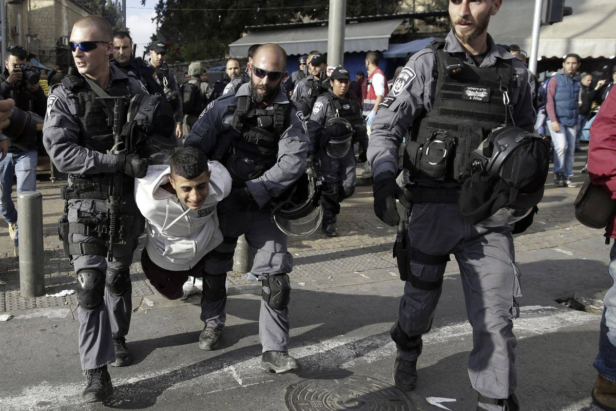 Israeli troops kill four Palestinians, injure 160 in protests over Jerusalem