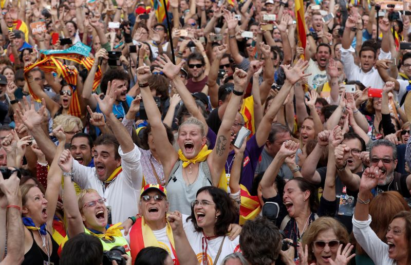 Catalonia Declares Independence From Spain, as Madrid Prepares for Direct Rule