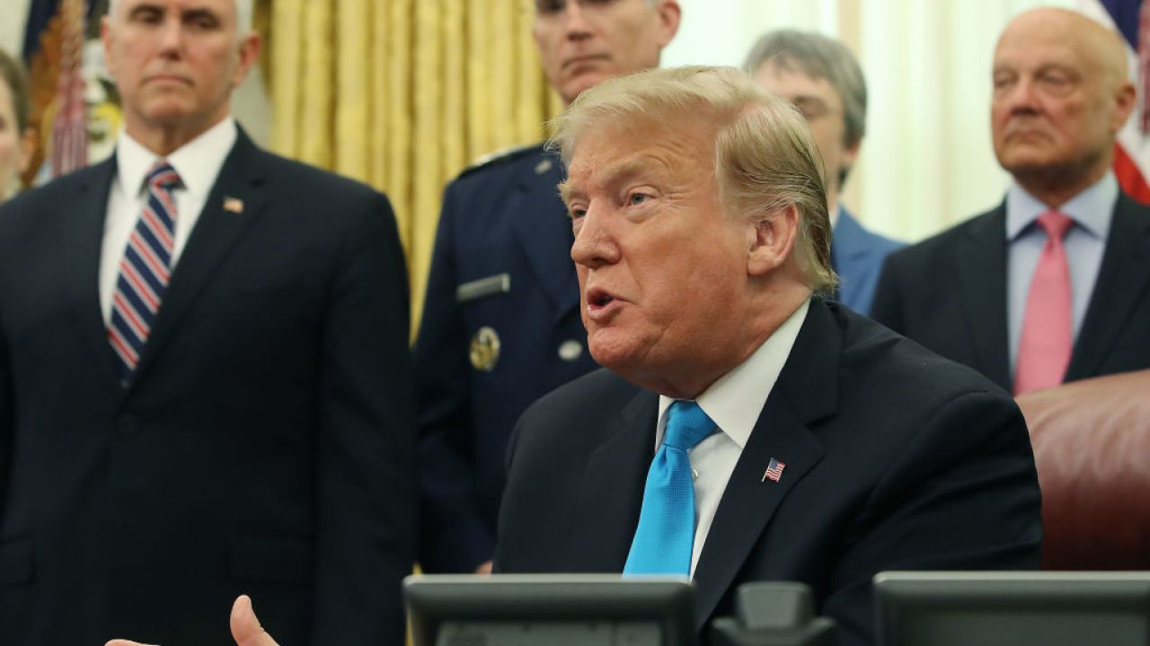 Trump signs order to establish US space force