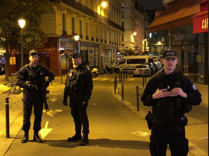 Paris knife attacker was French citizen born in Chechnya