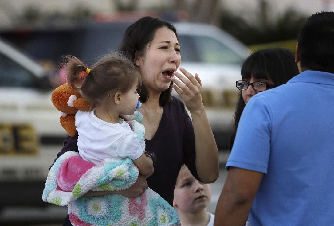 1 dead, multiple injured San Antonio shopping mall shooting