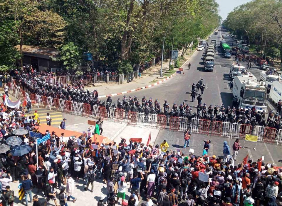 protestscontinueinmyanmar