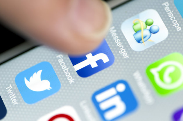 Facebook, Twitter becoming unpopular: report