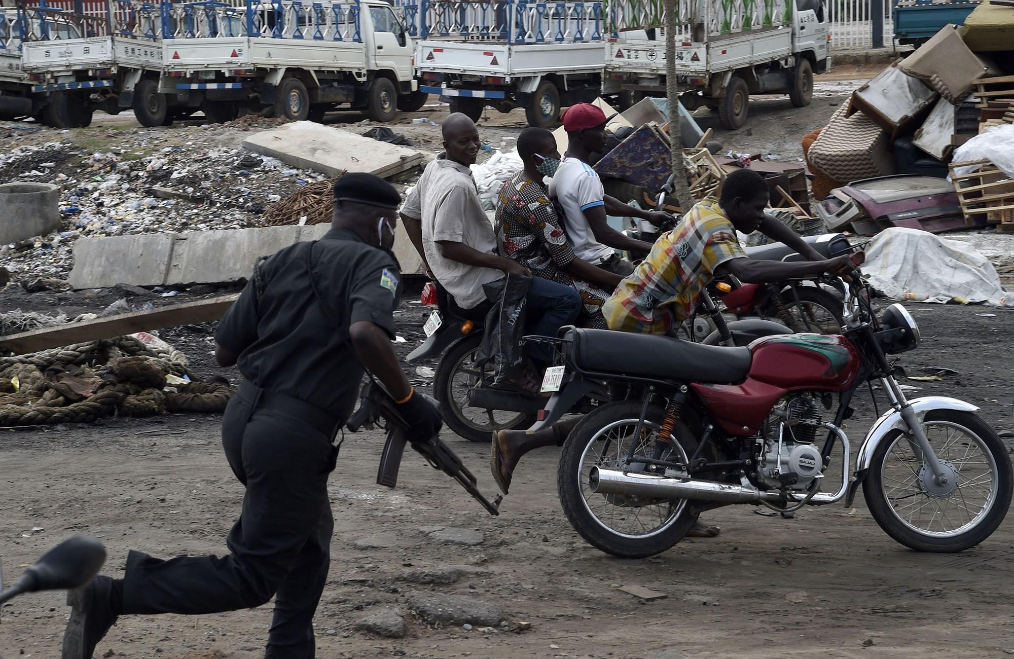 nigerianspushtoendpolicebrutalityafterglobalgeorgefloydprotests