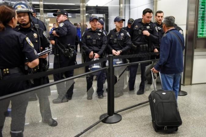 Indian detained at Atlanta airport dies in custody