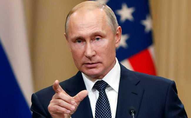 Vladimir Putin says he is ready to travel to Washington
