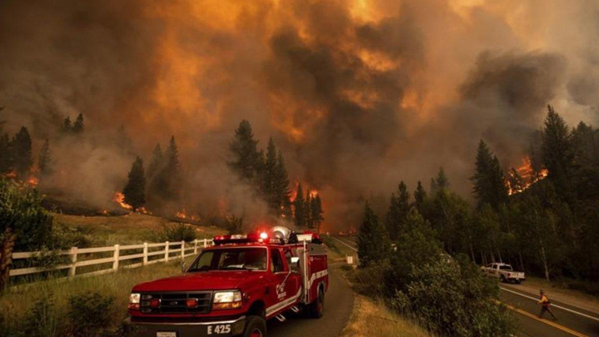 californiafirepromptsevacuations