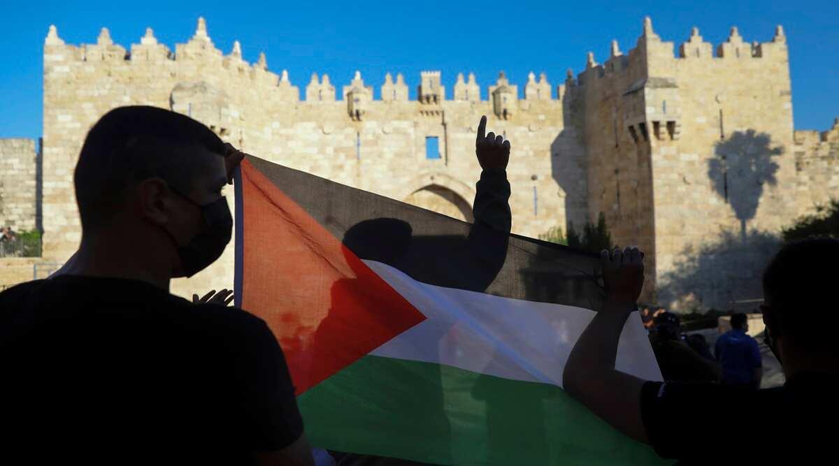 palestinianssettlersclashintensejerusalemneighbourhood