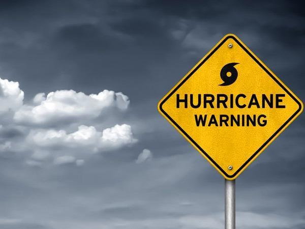 Hurricane Willa closes in on Mexico