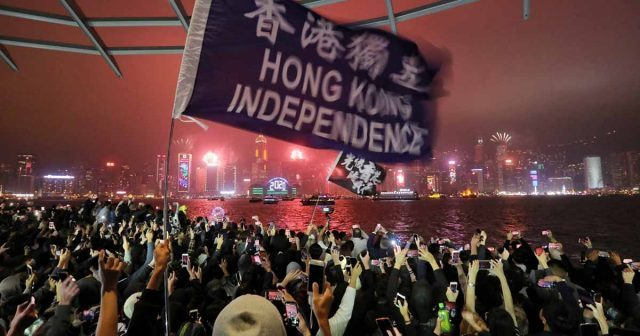 hongkongreadiesfornewyeardemocracyrally